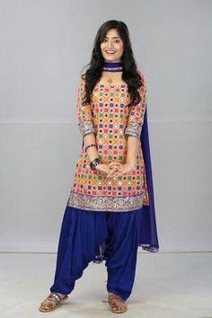 Women S Fashion Kingston Patiala Suit Designs, Kurta Designs Women, Kurti Designs Party Wear, Salwar Designs, Casual Dress Outfits, Blue Dress Casual, Stylish Dresses, Fashion Outfits, Fashion Trends