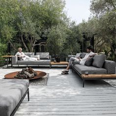 Inside Out Customise your own unique outdoor space by combining with coordinating Gloster lounge furniture to complete the look in style. The post Inside Out appeared first on Outdoor Ideas. Backyard Seating, Outdoor Seating, Backyard Patio, Outdoor Spaces, Outdoor Living, Outdoor Decor, Backyard Retreat, Outdoor Lounge Sets, Outdoor Ideas