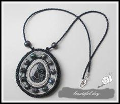 """Lady in black"" LEI la beautiful. Washer Necklace, Black Women, Lady, Places, Beautiful, Jewelry, Jewlery, Jewerly, Schmuck"