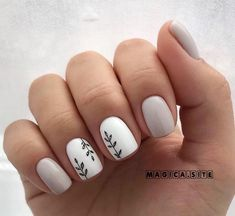 May 2020 - 11 Prettiest Nail Decoration Ideas So You Look More Amazing Do you have short nails? You can apply only one circle of nail polish. In such situations, the… Diy Nails, Cute Nails, Pretty Nails, Manicure Ideas, Nail Ideas, Nail Nail, Glitter Nails, Best Acrylic Nails, Acrylic Nail Designs