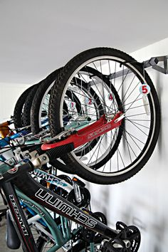 Organizing the bikes in your garage doesn't have to be hard. Use these tips from @iheartorganize to get your garage looking wonderful again