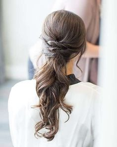 Women Hairstyles Over 30 Best Wedding Hairstyles : Wedding Hairstyle Inspiration MODwedding.Women Hairstyles Over 30 Best Wedding Hairstyles : Wedding Hairstyle Inspiration MODwedding Rustic Wedding Hairstyles, Bride Hairstyles, Cool Hairstyles, Hairstyle Photos, Low Pony Hairstyles, Female Hairstyles, Hairstyle Wedding, Bridesmaids Hairstyles, Ponytail Hairstyles