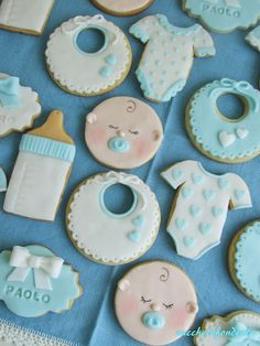 Battesimo gemelli!!!  Baby shower cookies Baby Boy Cookies, Baby Shower Cupcakes, Shower Cakes, Baby Shower Parties, Baby Boy Shower, Galletas Decoradas Baby Shower Boys, Baby Boy Birthday Decoration, Birthday Decorations, Pregnant Belly Cakes