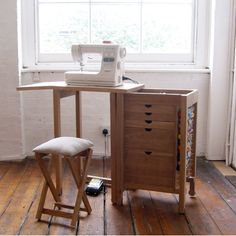 Super compact sewing cabinet