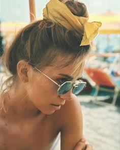 Head scarf for beach // beach hair ideas Hair Inspo, Hair Inspiration, Look Body, Summer Of Love, Hair Dos, Summer Vibes, Pretty People, Fashion Beauty, Style Fashion