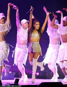 Ariana Grande brings Dangerous Woman Tour to Vancouver | Daily Mail Online