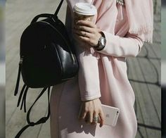Really love this pastel color 😍 This style looks so dreamyyyy