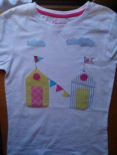 T- shirt com aplicação de tecido