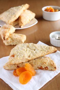 Apricot Scones - Vegetarian & Vegan Recipes