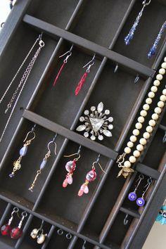 Another jewelry organizer idea