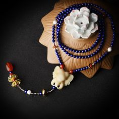 Handmade jewelry classic shell elephant pendant sweater necklace long blue stone beads chain copper flower red agate drop
