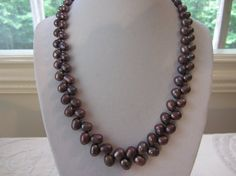 Purple pearl necklace by LorenzoLogassio on Etsy, $220.00