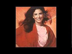 Loretta Lynn - The Lady That Lived Here Before - YouTube