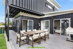 The Cronulla 2 story home | Container Homes & Pop-Up Shops