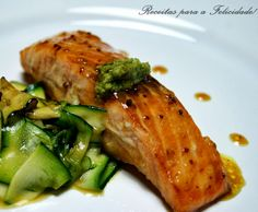 This Salmon with Honey and Mustard Baked Entrees Recipe Yummly is a better for our dinner made with wholesome ingredients! Seafood Dishes, Fish And Seafood, Seafood Recipes, Trout Recipes, Salmon Recipes, Ceviche, Entree Recipes, Dinner Recipes, Dinner Ideas