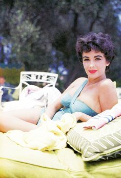 Elizabeth Taylor at home, 1953.