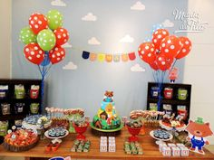Gorgeous Three Little Pigs party idea! I love this for the cute clouds that decorate the wall and the colourful look! Barnyard Party, Pig Party, Farm Party, Woodland Party, Three Little Piggies, Little Pigs, Pig Birthday, Birthday Parties, Birthday Ideas
