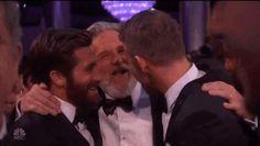 "winchesterbrosunited: ""Jake Gyllenhaal Jeff Bridges & Ryan Reynolds Hugging Out in all Cuteness - Golden Globe Awards 2017 """