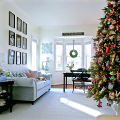 christmas tree in the study. http://www.kristywicks.com