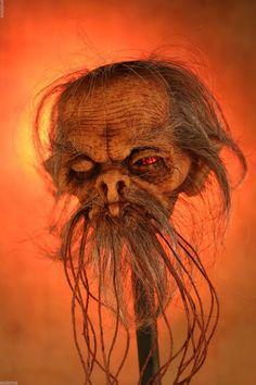 Shrunken Head Like Real Human Skull Sideshow Tattoo Sculpture Oddity by Kuebler Creepy Halloween, Halloween Crafts, Tiki Art, Tiki Tiki, Real Human Skull, Shrunken Head, Voodoo Dolls, Cryptozoology, Coral