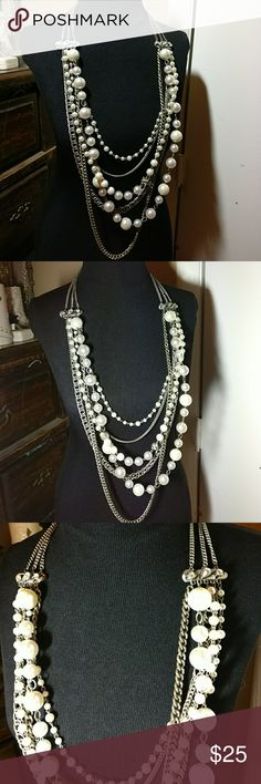 "Express Large Silver Pearl Statement  Necklace In very good work condition.  There are minor signs of regular wear but nothing too significant.  Measures approximately 24"" laying flat.  Faux Pearls.  Silver tone. Express Jewelry Necklaces"