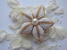 Цветок из бисера   Ярмарка Мастеров - ручная работа, handmade
