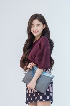 Kim Yoo Jung #Samsonite Red