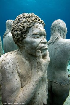 Underwater Museum in Cancun, Mexico . Underwater Sculptures by Jason deCaires Taylor Underwater Video, Underwater Art, Underwater Sculpture, Sculpture Art, Jason Decaires Taylor, Statues, Sunken City, Cancun Mexico, Art Of Living