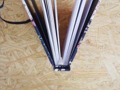 Caderno A5 :: Liberty #encadernação #cadernoartesanal #feitoamao #bookbinding #handmade #papelaria