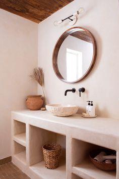 Bad Inspiration, Bathroom Inspiration, Bathroom Styling, Bathroom Interior Design, Bathroom Designs, Spanish Style Bathrooms, Bad Styling, House In Nature, Room Decor
