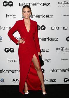 Serenay Sarikaya Dress With Deep Yrimmaç . Sweetheart Prom Dress, Prom Dresses, Formal Dresses, Red Carpet Looks, The Dress, Her Style, Dress Making, Fashion Dresses, Bodycon Dress