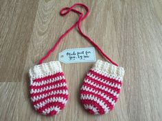 Crochet Baby Girl Candy Cane Mittens  Baby by StefaniaDA2015