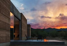 Open Air Arizona Bachelor Pad That Embraces The Desert