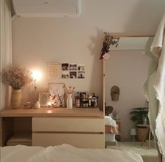 beautiful bedrooms designs, there's a room for everyone. Upgrade your cozy escap. - beautiful bedrooms designs, there's a room for everyone. Upgrade your cozy escapes with these ide - Beautiful Bedroom Designs, Beautiful Bedrooms, Dream Rooms, Dream Bedroom, Bedroom Red, Trendy Bedroom, Bedroom Colors, Master Bedroom, Bedroom Apartment