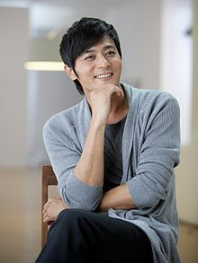 Jang Dong-gun 장동건   (A gentleman's dignity)  He probably is not one of most handsome men in Korea right now, but he is definitely one of the SEXIEST! ♥♥