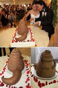 25 Wedding Cake Fails That Left Brides In Tears funny – Real Time – Diet, Exercise, Fitness, Finance You for Healthy articles ideas Unusual Wedding Cakes, Funny Wedding Cakes, Amazing Wedding Cakes, Wedding Humor, Wedding Cake Toppers, Amazing Cakes, Zombie Wedding, Star Wars Wedding, Star Wars Cake