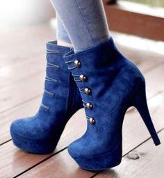 Extrem geil! Blaue ankle heels