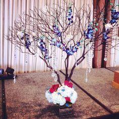 #wishingtree #crystal #manzanita #flowers #wedding