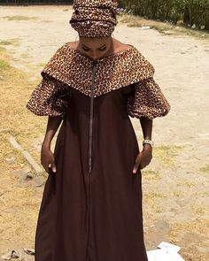 Long African Dresses, African Fashion Dresses, African Wear, Muslim Fashion, Women's Fashion, African Blouses, Ankara Gowns, Straight Dress, Kitenge