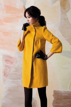 want want want....love love love this coat!  ALMOST makes me want to live in a colder climate...almost!