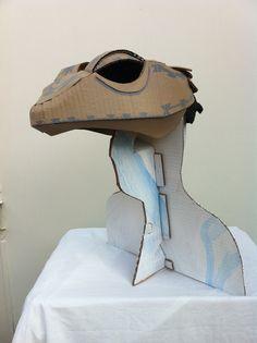 Lizard by palpatophora utiliformis Cardboard Costume, Cardboard Mask, Cardboard Sculpture, Cardboard Crafts, Diy Costumes, Cosplay Costumes, Lizard Costume, Dragon Puppet, Foam Armor