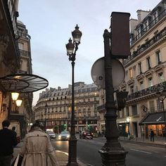 City Aesthetic, Travel Aesthetic, Brown Aesthetic, Piskel Art, The Places Youll Go, Places To Visit, Beautiful World, Beautiful Places, Paris 3