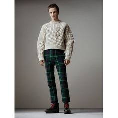 BURBERRY HONEYCOMB-STITCH CROPPED SCULPTURAL SWEATER. #burberry #cloth #