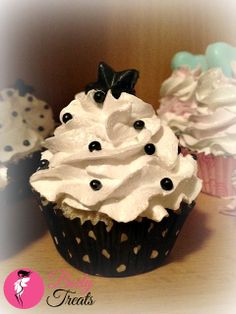 Scented with sweet notes of Bitter Almond, and Jasmine with a hint of cocoa in the bomb base. Topped with my whipped sugar scrub. Cut in half for two baths or use the whole cupcake for a extra luxurious bath.  Available online now! http://www.body-treats.com/#!product/prd1/1775430135/midnight-sky---bath-bomb-with-sugar-scrub-topping