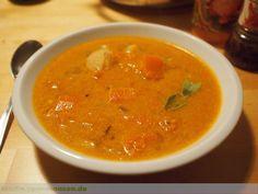 Eine Suppen-Fusion: Thai Muskatkürbis Suppe Ethnic Recipes, Food, Soups And Stews, Stew, Yummy Food, Food Food, Cooking, Essen, Meals