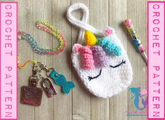 Listing is for a Unicorn Purse Pattern. It measures 6 inches long, and 5 inches wide. Crochet Mask, Crochet Unicorn, Crochet Gifts, Cute Crochet, Crochet For Kids, Crochet Hooks, Crochet Handbags, Crochet Purses, Mochila Crochet