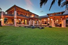 One day I want to live in a home like this...a girl can dream...Luxury Paradise Cove Estate in Hawaii