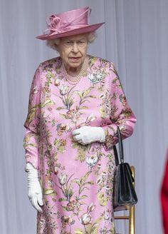Royal Uk, Royal Queen, Royal Life, Queen And Prince Phillip, Prince Philip, Jill Biden, Uk History, Isabel Ii, Cuthbert