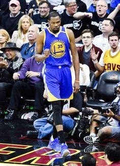70ceab7fd2b Kevin Durant Warriors Basketball Team