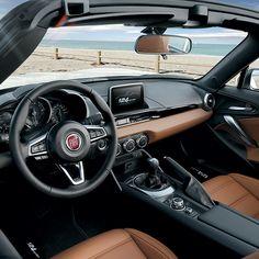 #Fiat124Spider – zawsze gotowy do jazdy bez dachu.